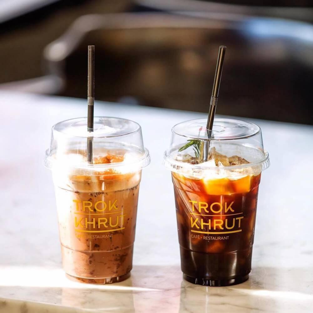 สกรีนแก้วกาแฟร้าน Trok Krut